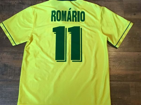 1994 Brazil Romario Football Shirt Medium